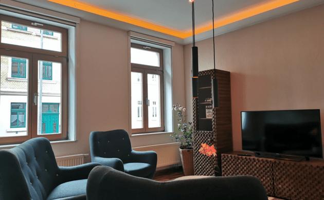 Wohnzimmer in einem Loxone Smart Home von Logic Home